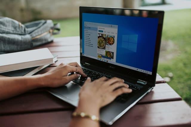 Comment choisir son offre de bourse en ligne